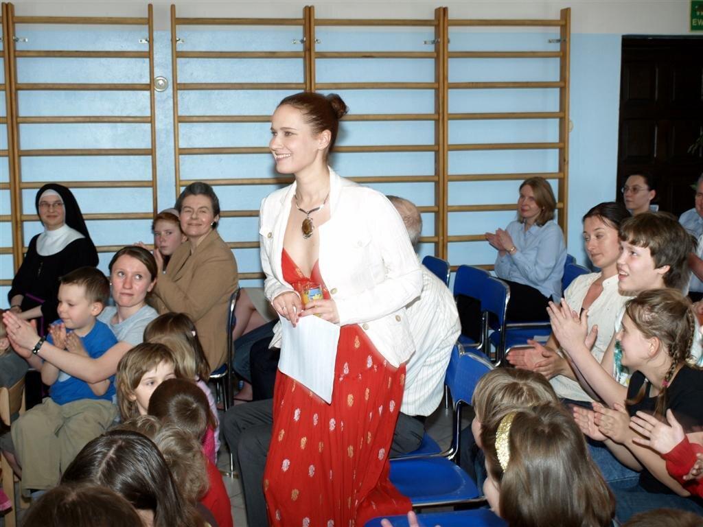 Elena Egorova - Charytatywne wystepy dla dzieci niepelnosprawnych
